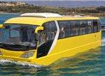Der schwimmende Autobus